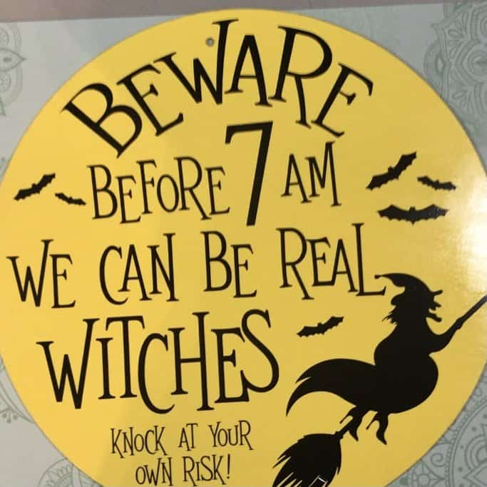 your wooden halloween sign is complete!