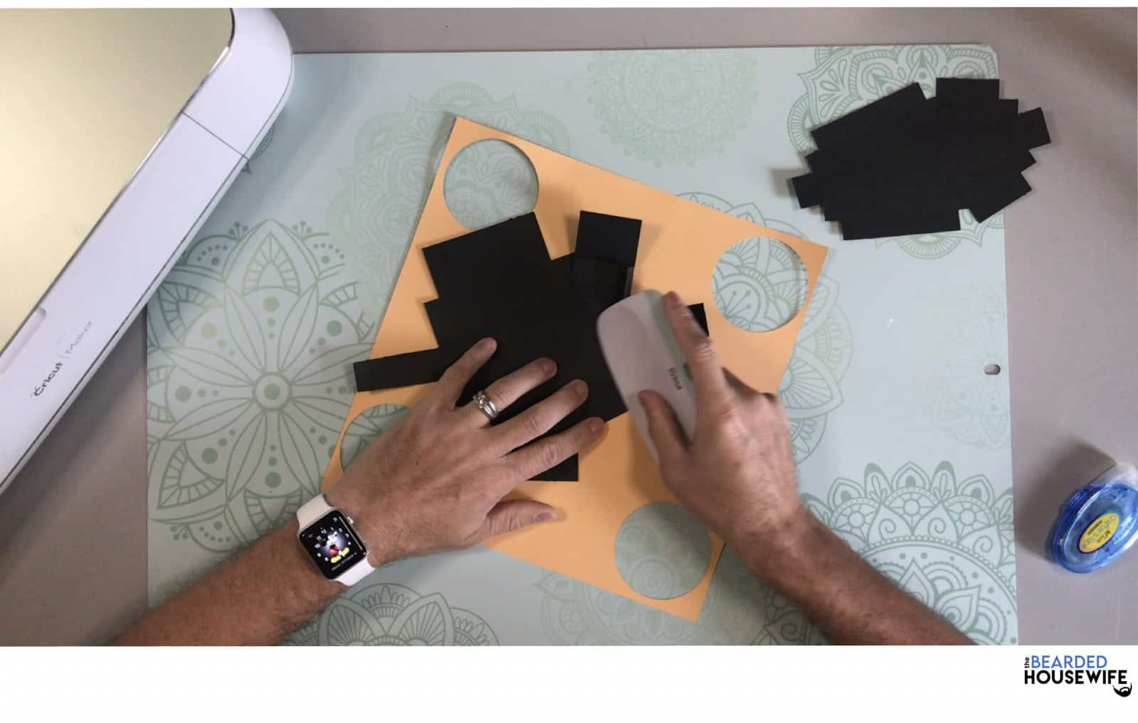 press the fold with your scraper