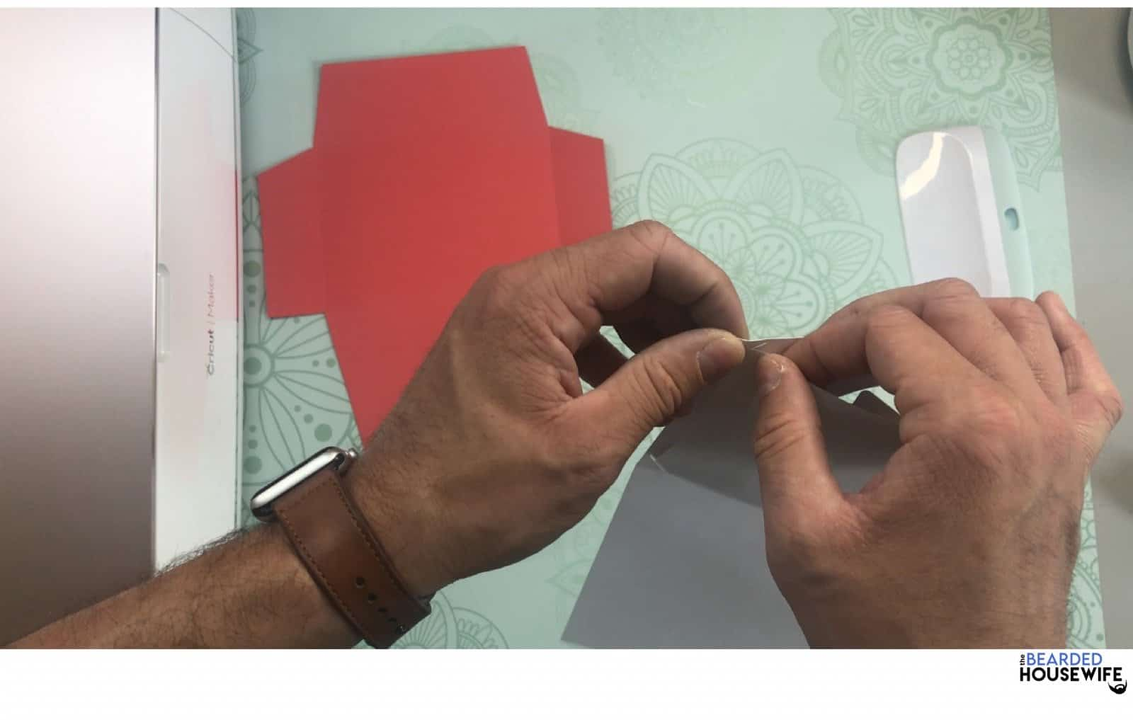 place the flag insert into the slits on the outer card