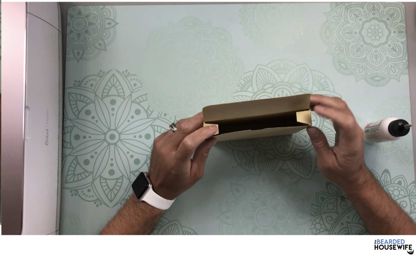 place your card inside and fold in the top flap